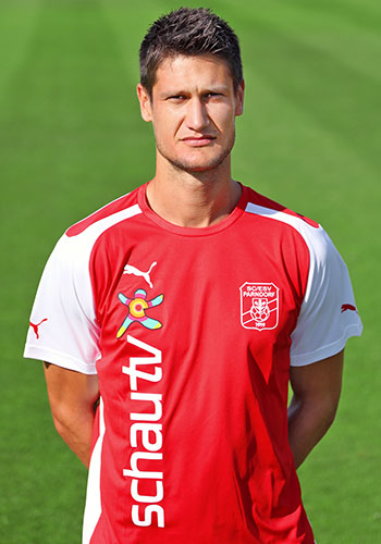 16. Tomas Horvath